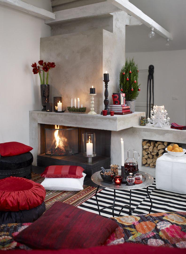 15 Stunning Christmas Living Rooms Holiday Living Room