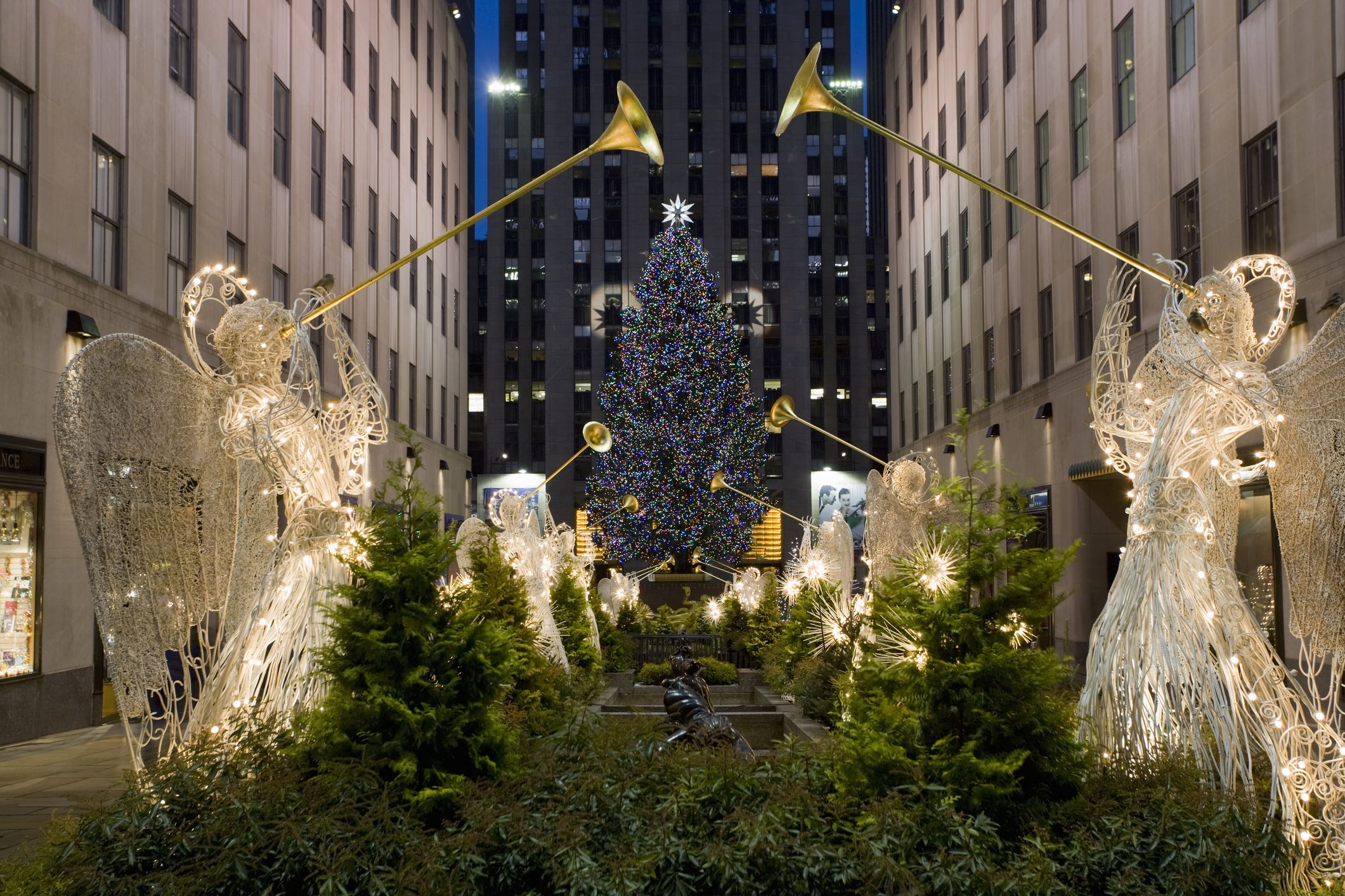12 Best Things To Do In New York City During Christmas
