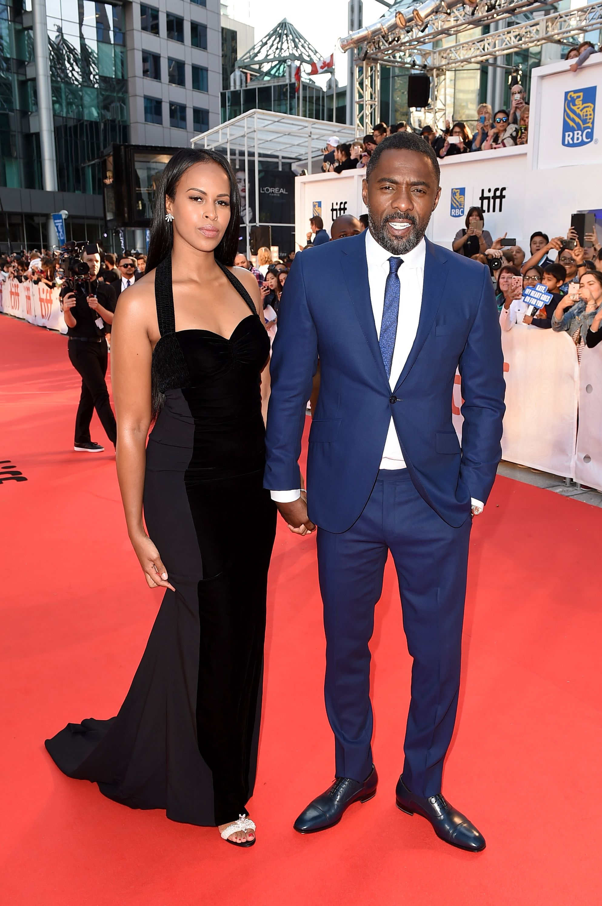 Idris Elba proposed at a screening of his new movie