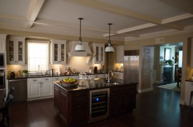 23 Stunning Hollywood Kitchens Best Kitchens Seen in Movies