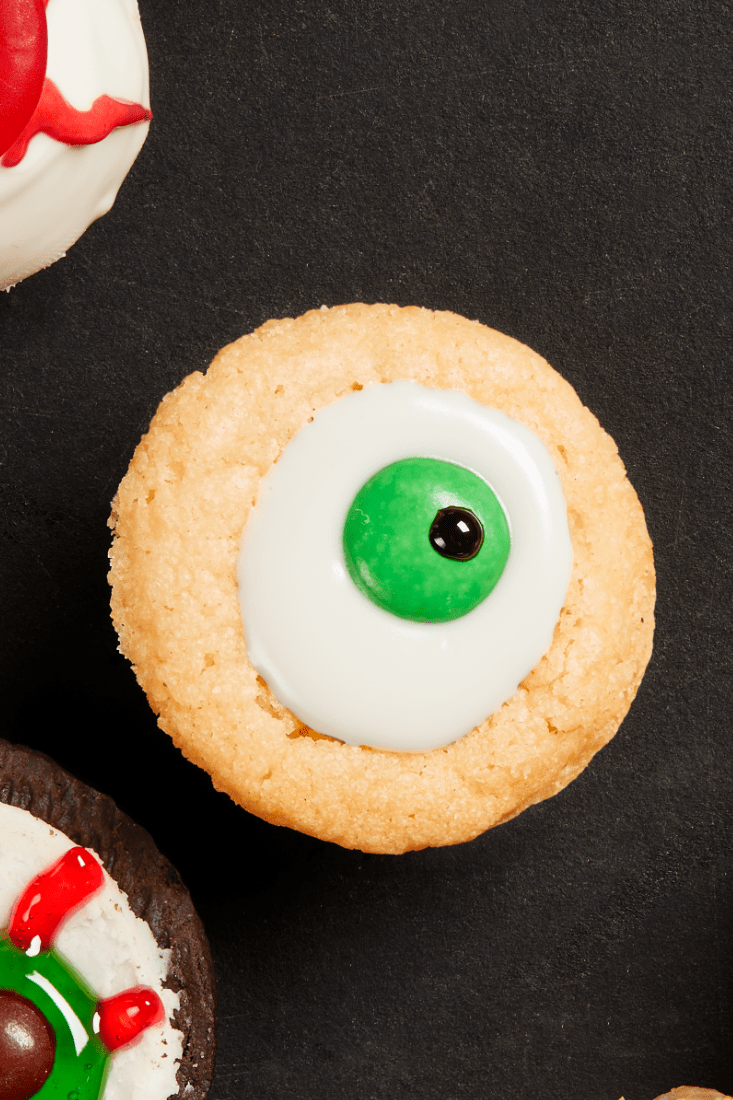 Soft, spiced pumpkin cookies paired with a tangy maple cream cheese filling is the decadent halloween dessert that … 35 Best Halloween Cookie Recipes Easiest Halloween Cookies To Make At Home