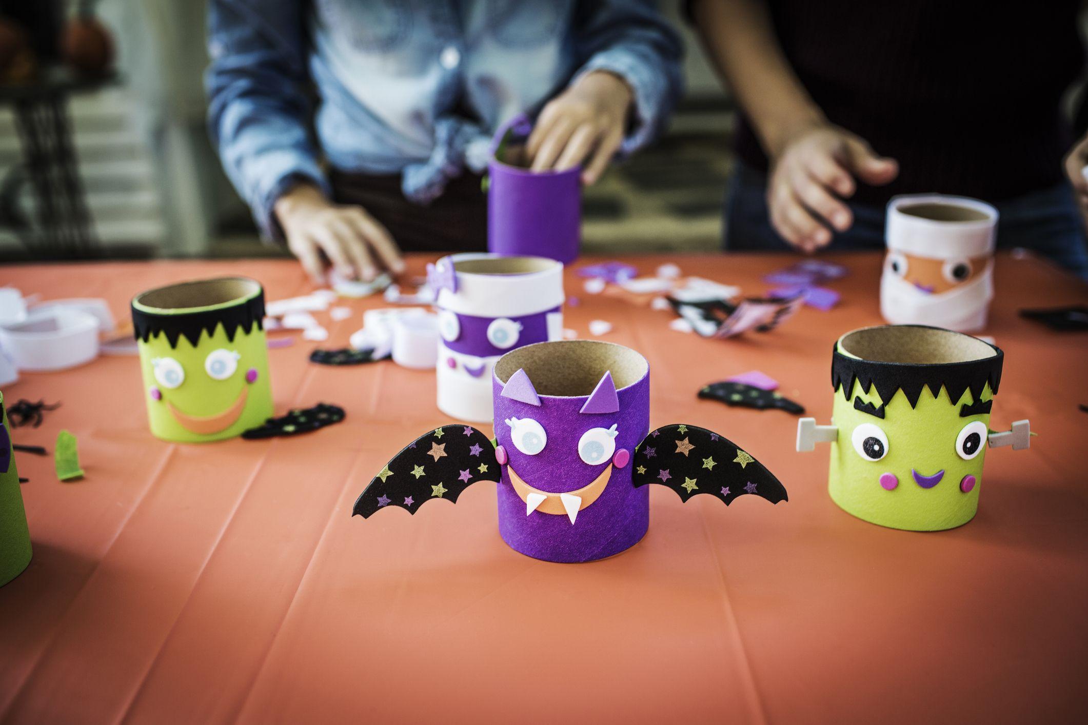 23 easy halloween crafts