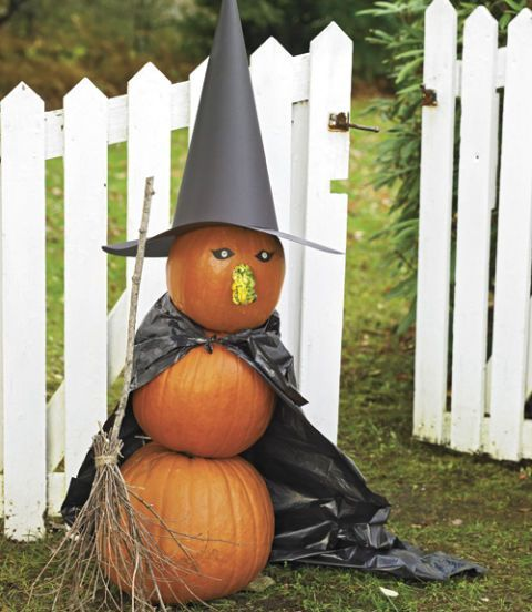Decorating a small home might seem like a bit of a challenge at first. 65 Easy Diy Halloween Decoration Ideas Homemade Decor For Halloween