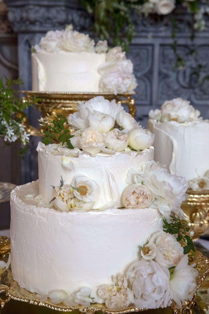 Prince Harry and Meghan Markles Wedding Cake  How Prince Harry and Meghan Markles Wedding