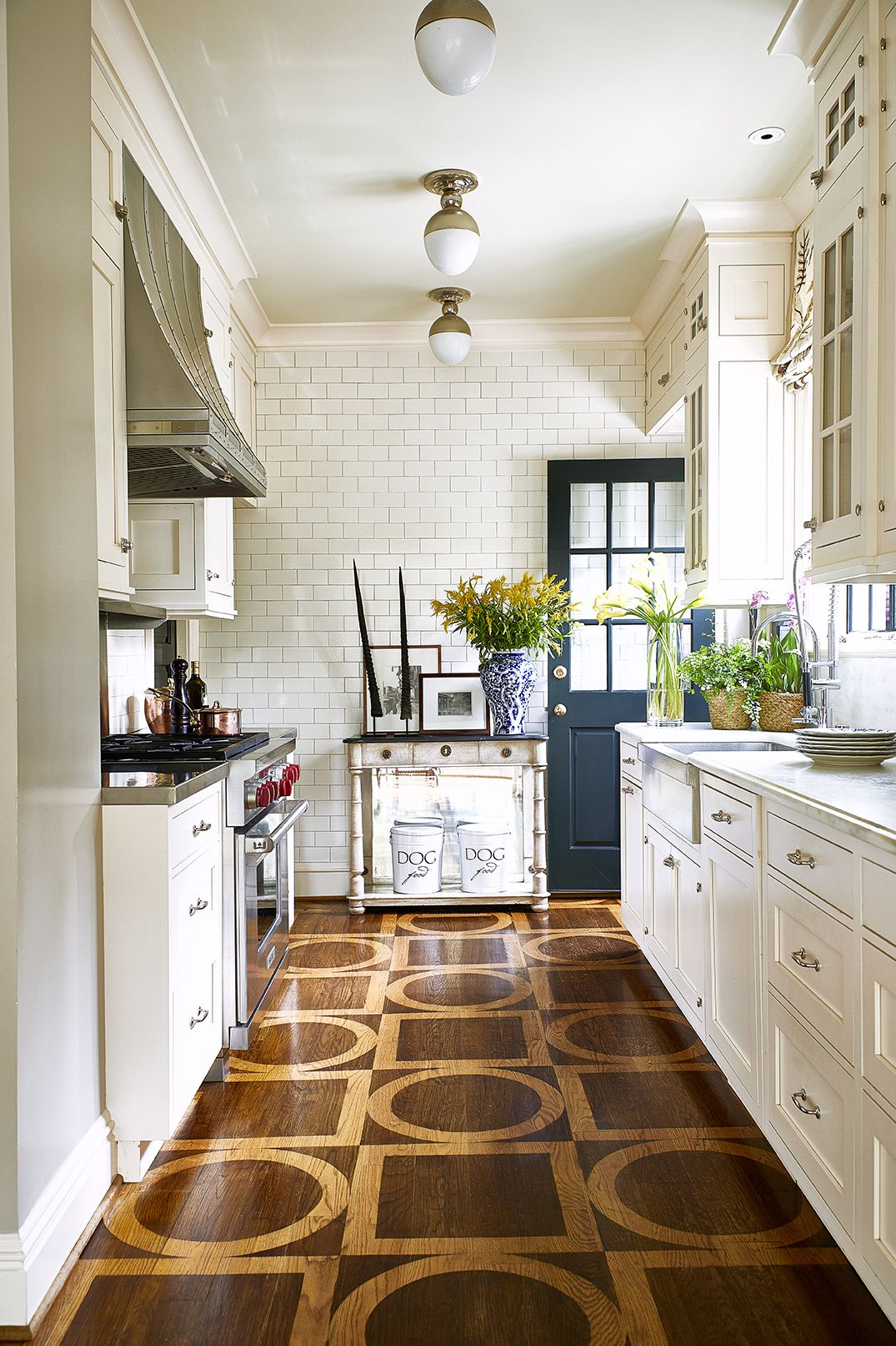 French Country Flooring : french, country, flooring, French, Country, Kitchens, Farmhouse, Kitchen, Style, Inspiration