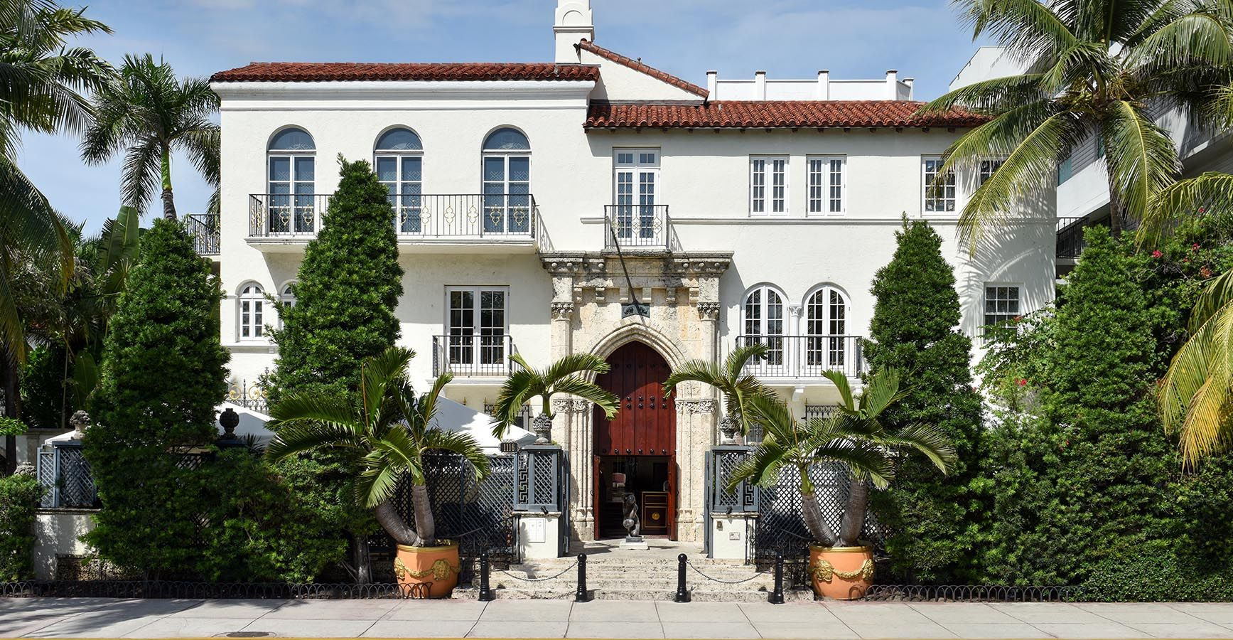 Versace Mansion Is Now a Hotel  History of Gianni Versaces Miami Home