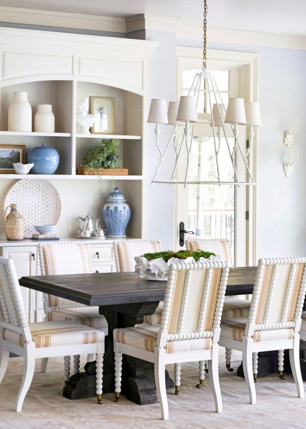 home decor trends 2020 - vintage spooled legs
