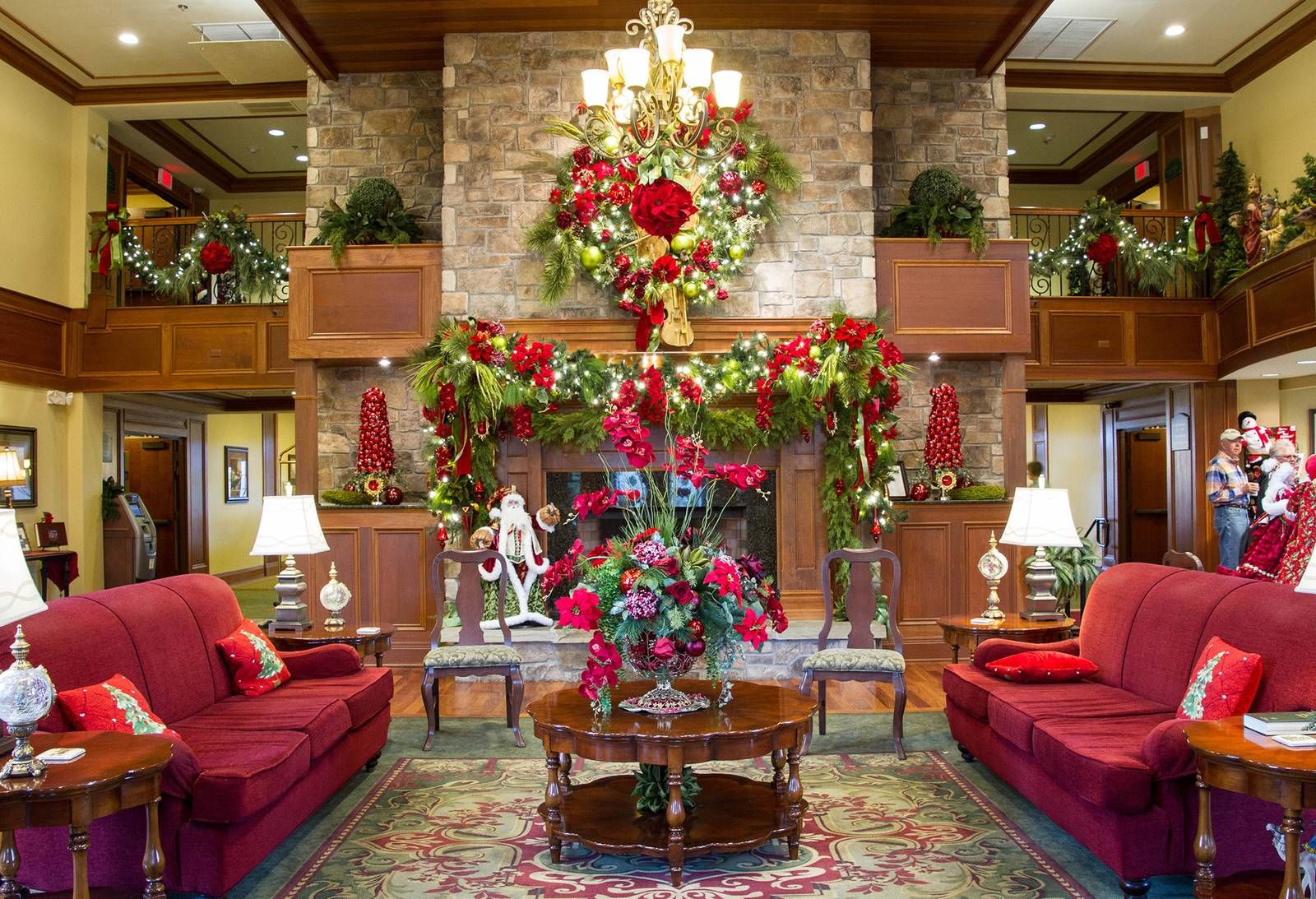 The Inn at Christmas Place  Pigeon Forge Hotel That