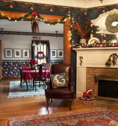 10 christmas decoration hanging hacks how to hang your holiday decorations [ 2236 x 1340 Pixel ]