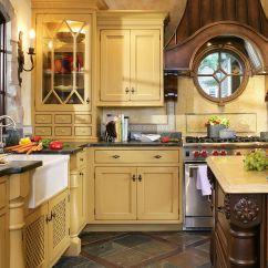White Kitchen Cabinets And Backsplash Ikea Plates 21 Yellow Ideas - Decorating Tips For ...