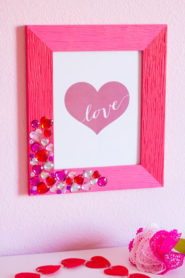 This is the shabby chic dollhouse. 42 Easy Valentine S Day Crafts Diy Decorations For Valentine S Day