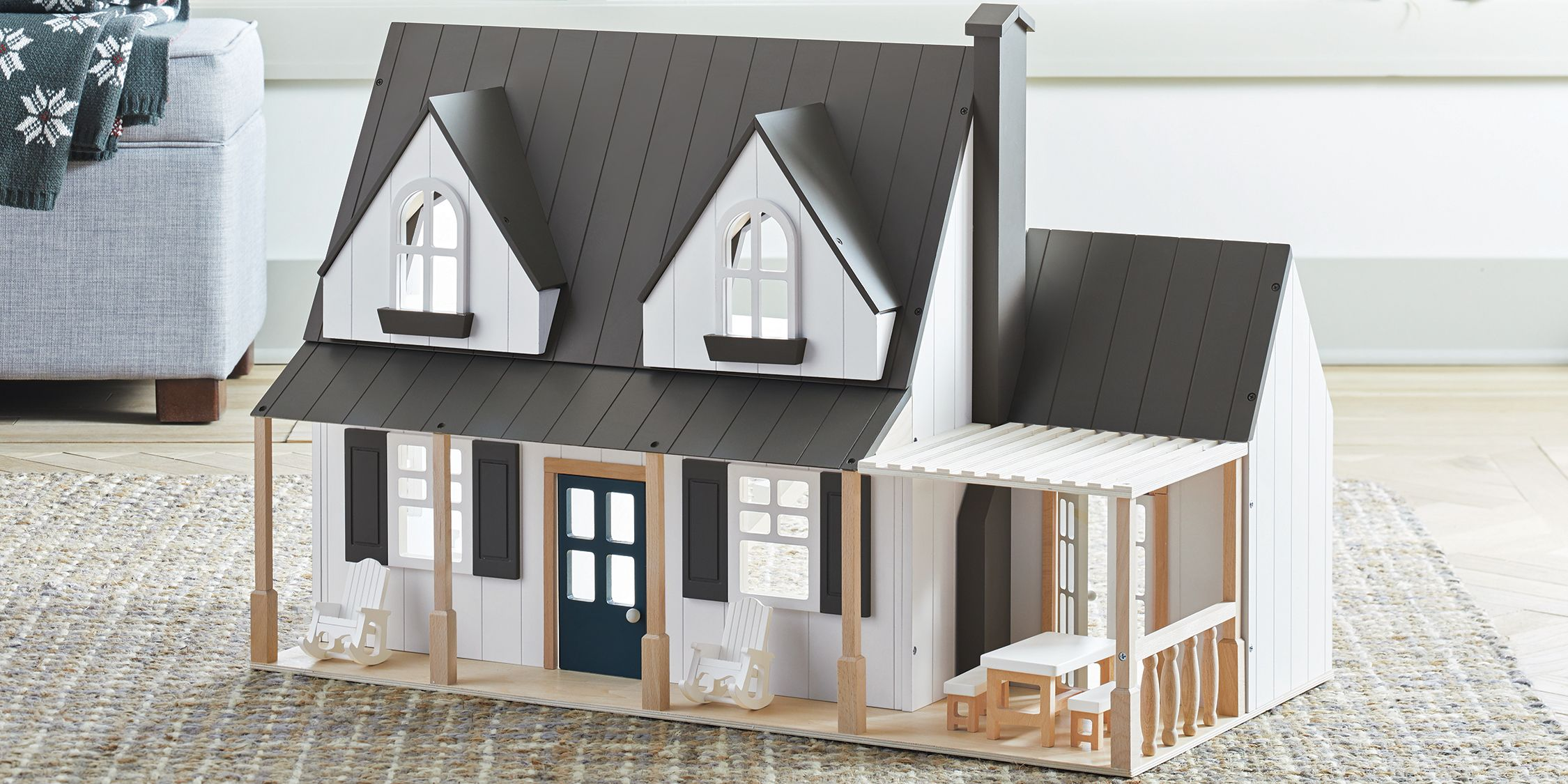 Joanna Gaines Toy Dollhouse Will be the Best 2018