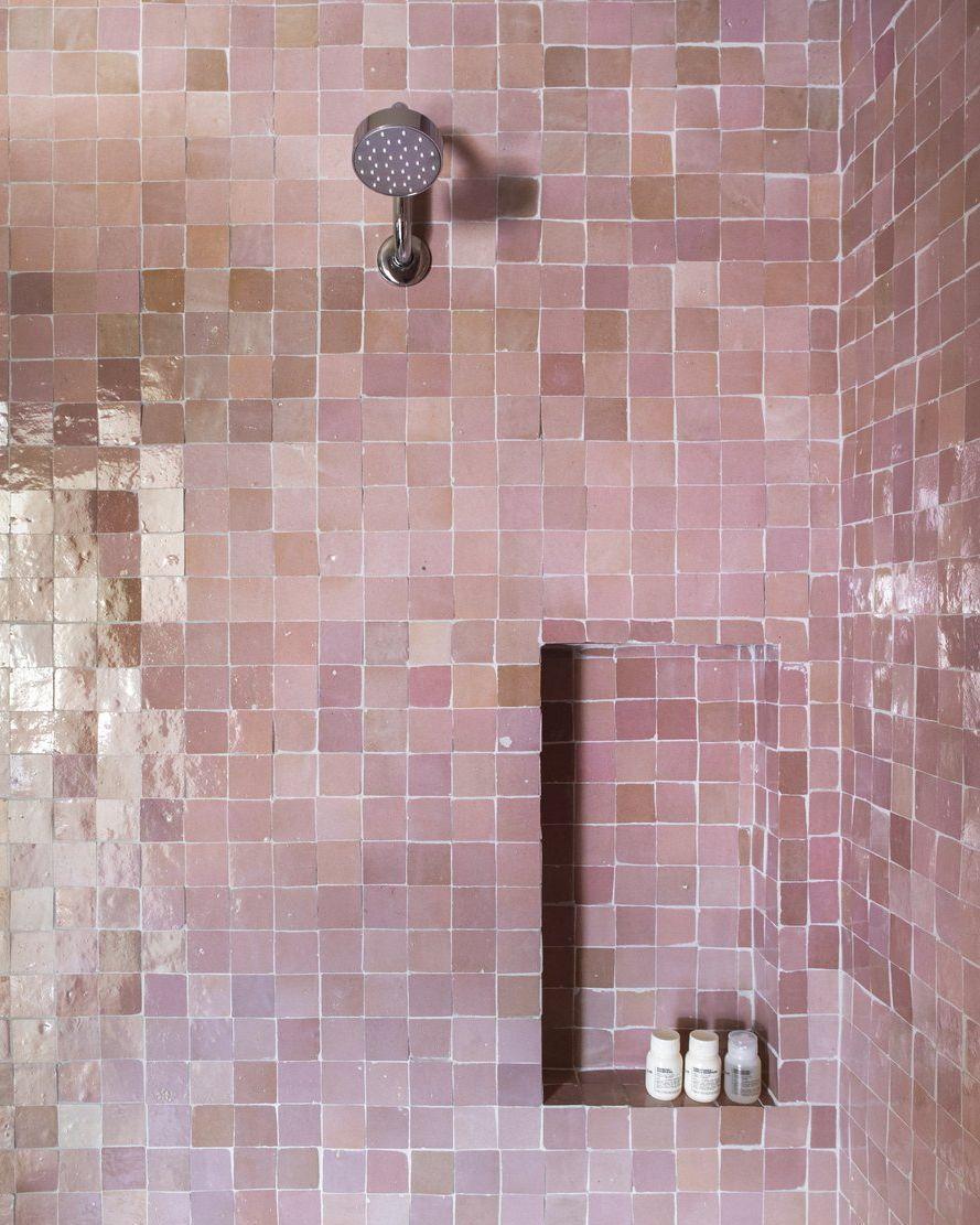 19 designer pink bathrooms the