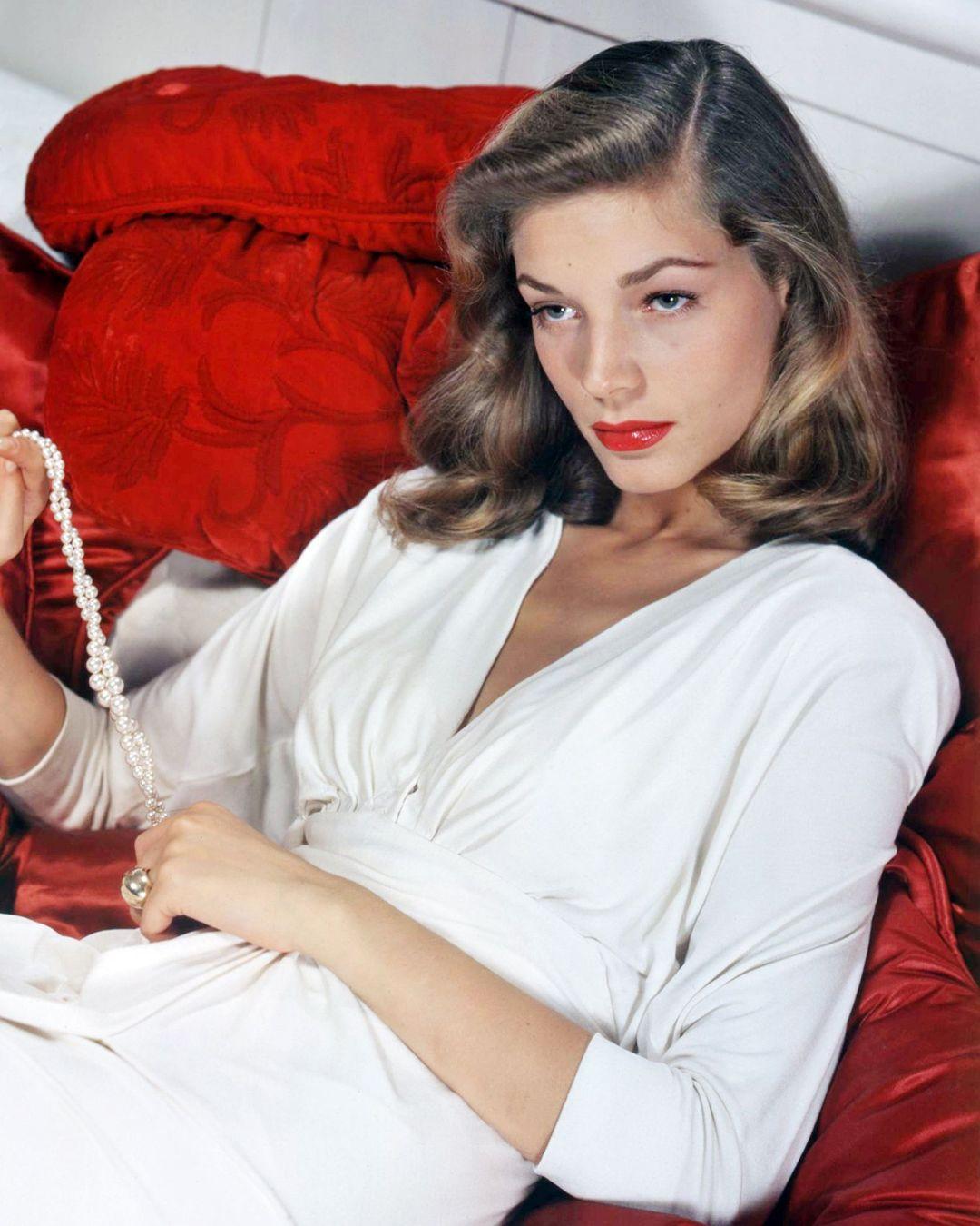 Lauren Bacall, il suo profumo è in vendita ancora oggi
