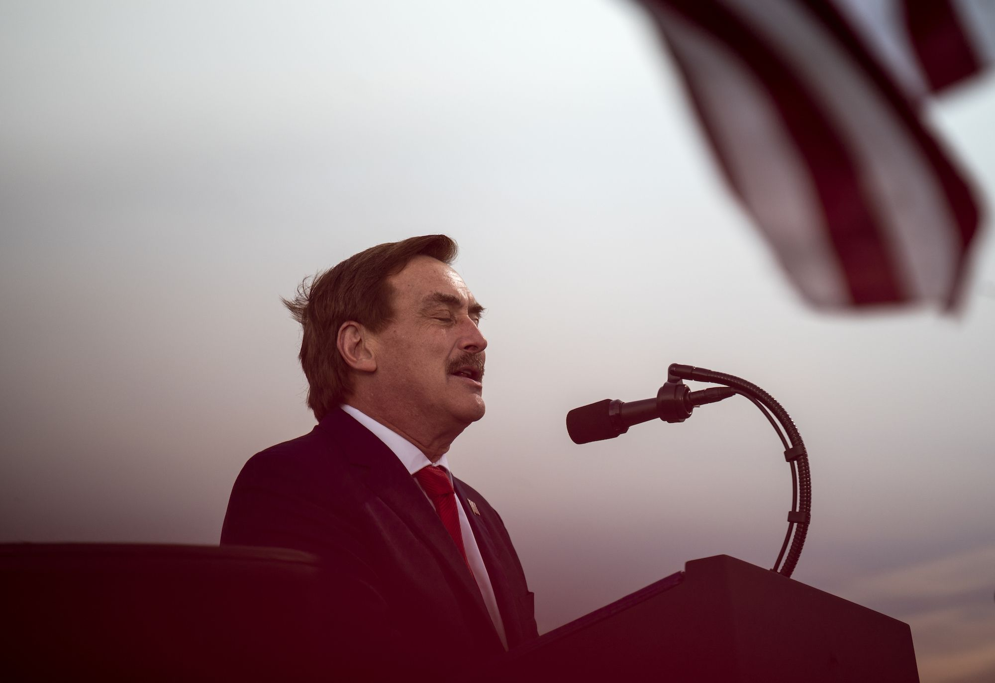mypillow guy mike lindell pushes trump