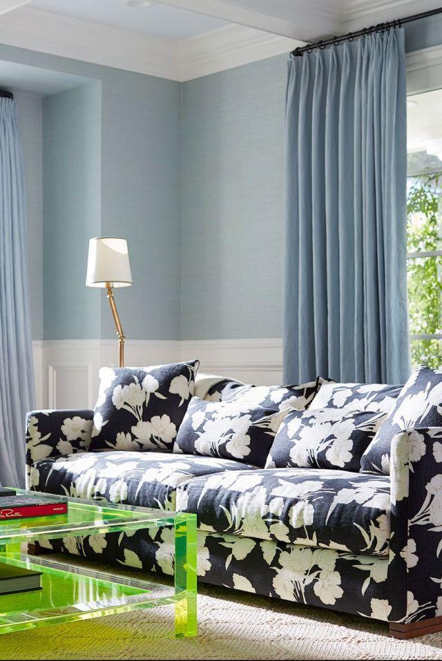 Muebles, Azul, Habitación, Verde, Diseño de interiores, Dormitorio, Sofá, Cortina, Sala de estar, Cama,