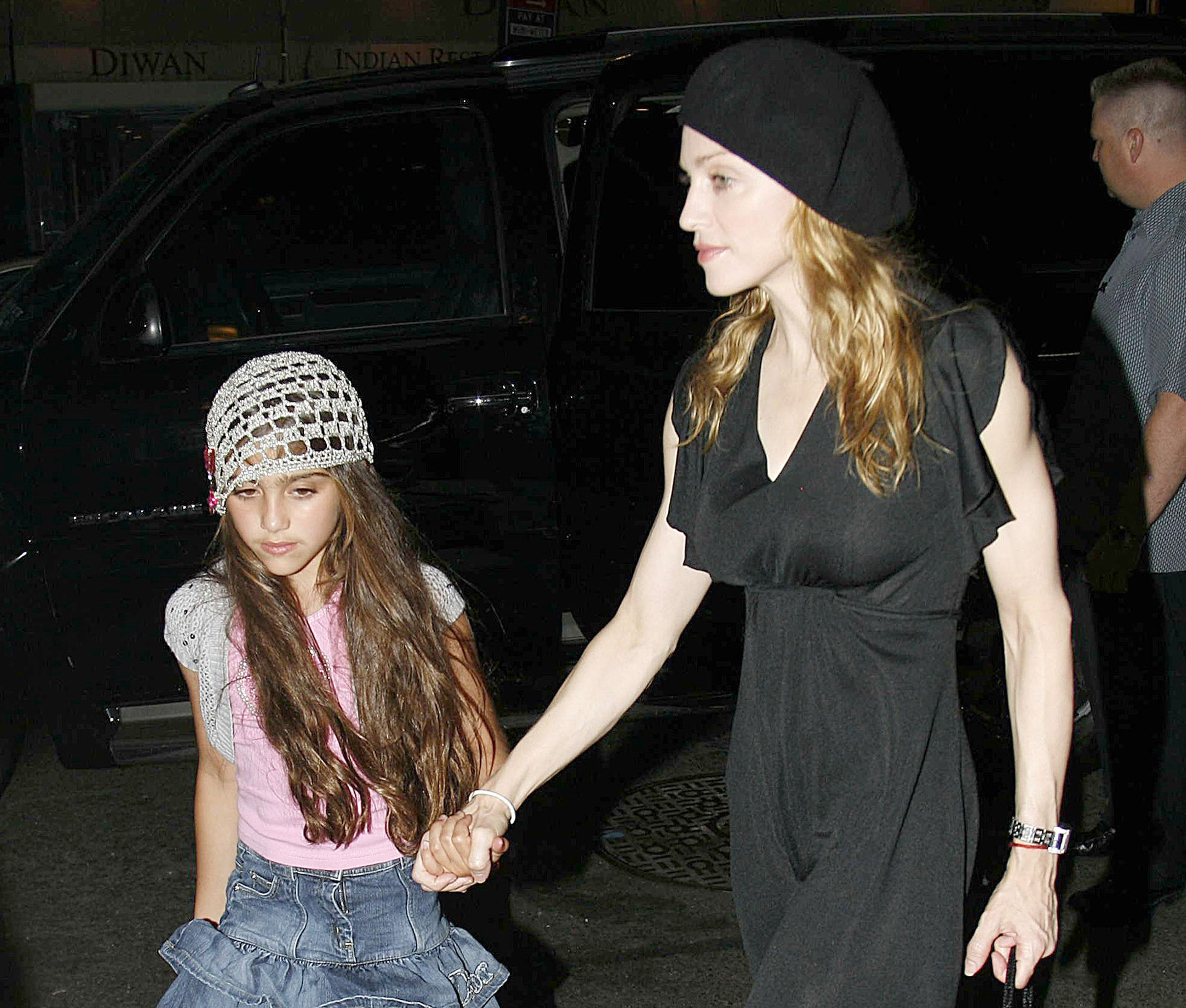 madonna and daughter lourdes leon during madonna sighting in new york city   june 23, 2006 at kabbalah center in new york city, new york, united states photo by marcel thomasfilmmagic