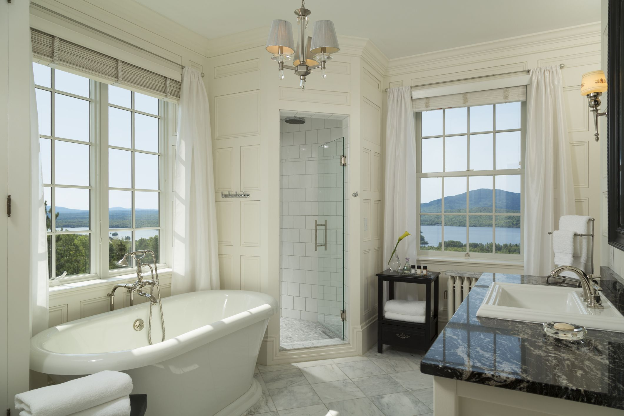 Tiny luxury follows husband and wife tiny home builder duo, tyson and michelle spiess. 10 Bathroom Flooring Ideas Types Of Bathroom Flooring