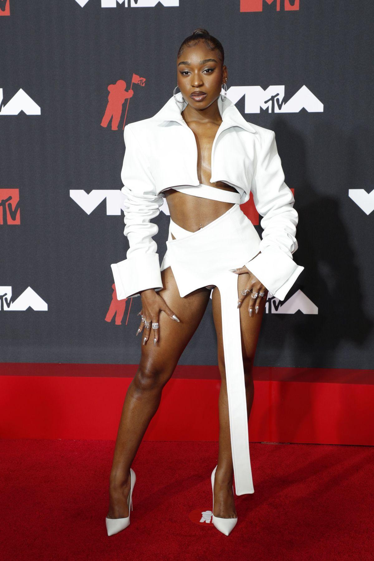 2021 mtv video music awards red carpet normani