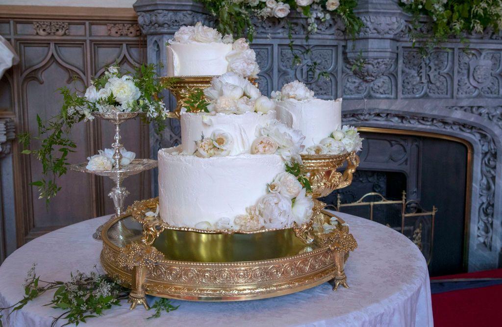 27 Amazing Celebrity Wedding Cakes Royal Wedding Cakes Celeb Cakes
