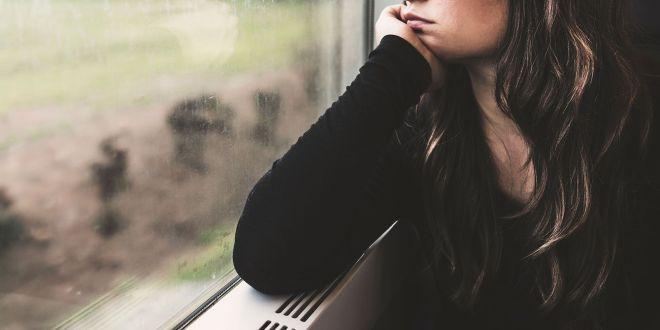 Kết quả hình ảnh cho sad woman