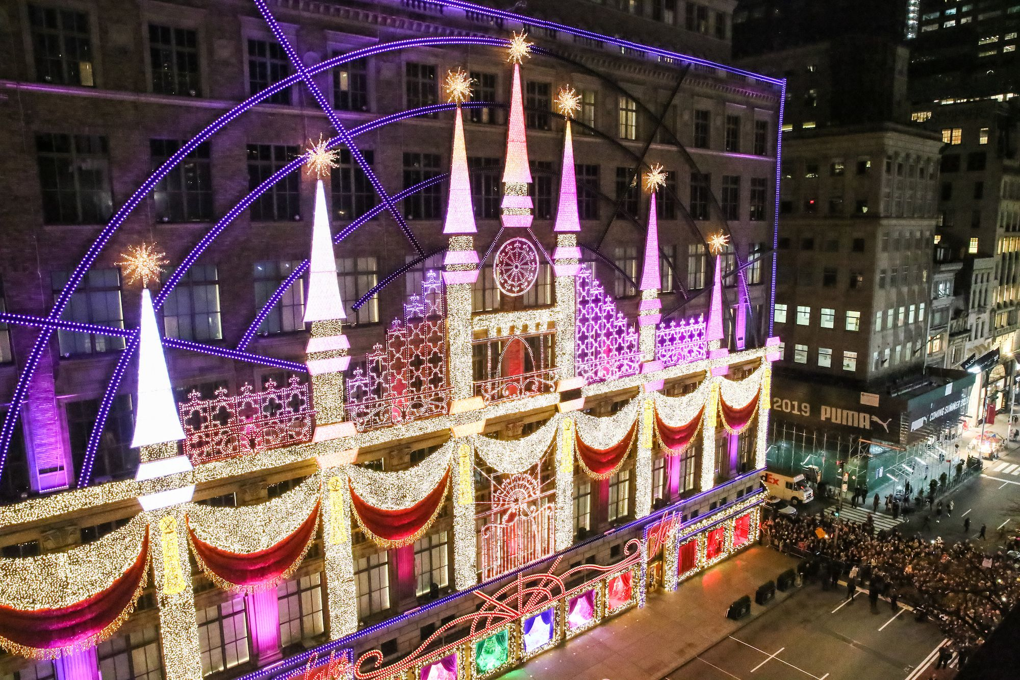 Saks Fifth Avenue Serves Up Holiday Window Magic