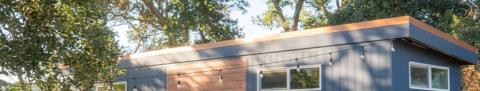 25 Photos Of Tiny Houses Tiny House Nation On Netflix