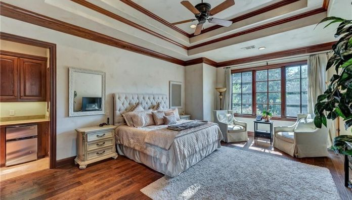 Selena Gomez Fort Worth, Texas Mansion Bedroom