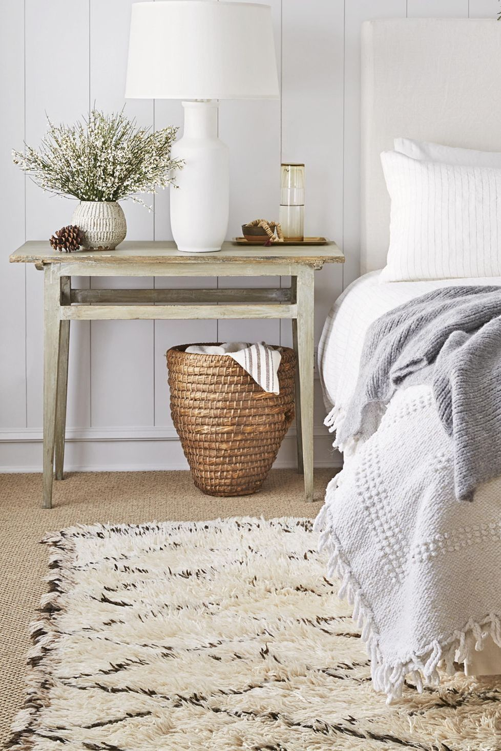 small bedroom ideas white color palette