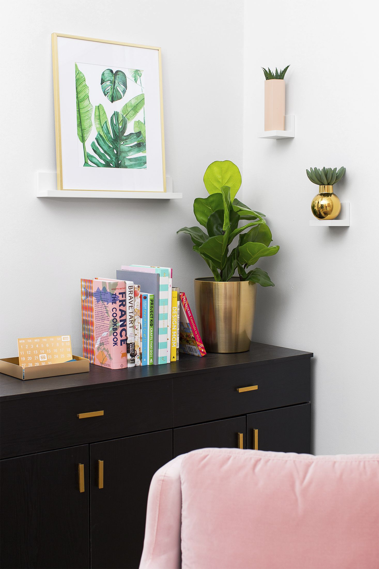 Spring Decor Ideas - Plant Corner