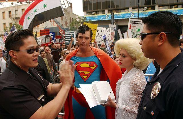 Superman Hollywood callejero Christopher Dennis