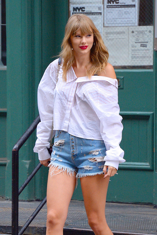 Fall Wallpaper For Laptop Why Taylor Swift Skipped The Mtv Vmas Taylor Swift Vma