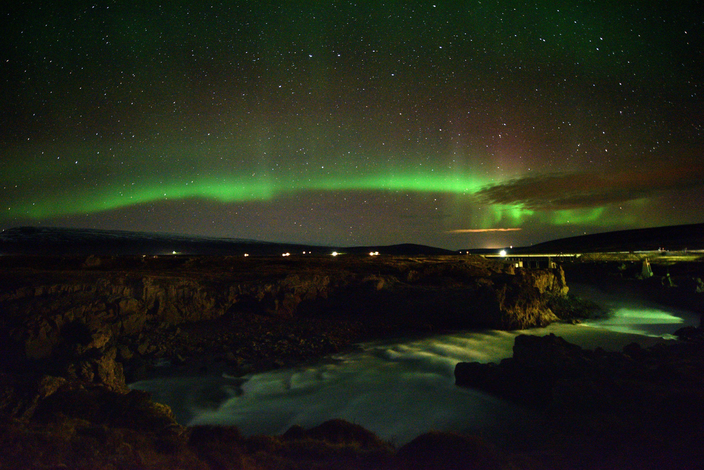aurora borealis hunting how