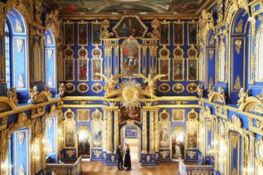 8 Beautiful Castle Interiors Stunning Palace Decor