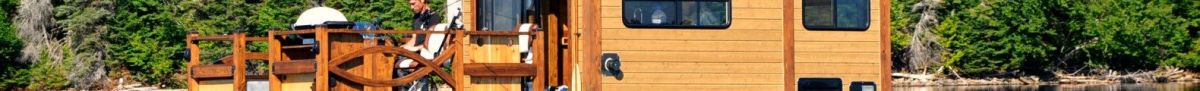 Diagno S Le Koroc A Tiny Houseboat In Quebec Is On Sale