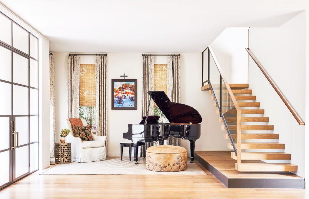 entryway with piano