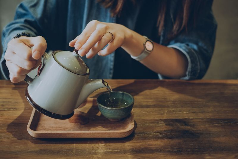 Study Shows That Drinking Green Tea Can Improve Heart Health - runnersworld.com