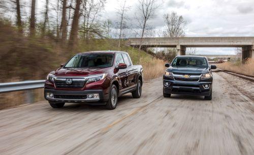 small resolution of 2017 chevrolet colorado 4wd vs honda ridgeline awd comparison test car and driver