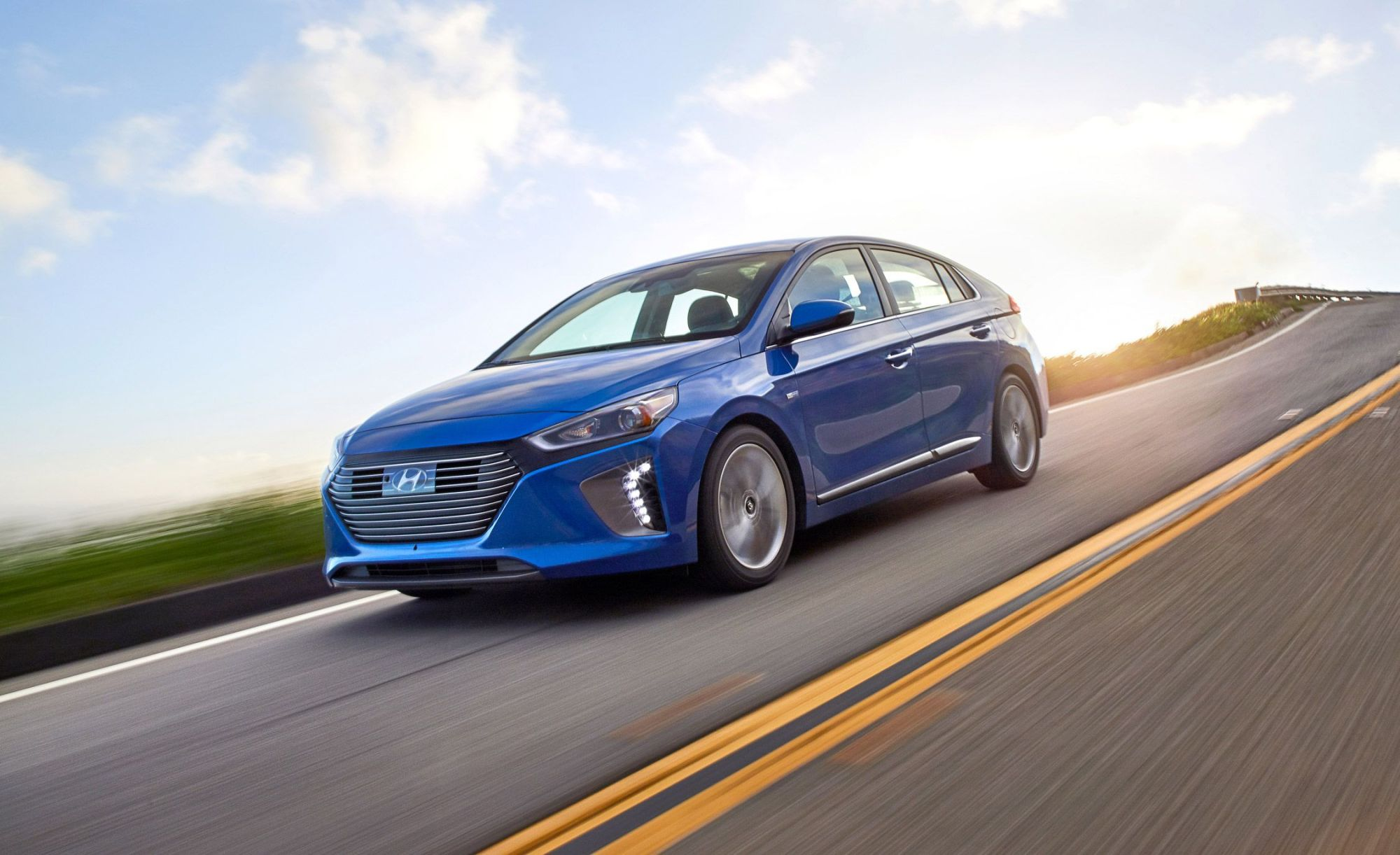 hight resolution of 2017 hyundai ioniq hybrid
