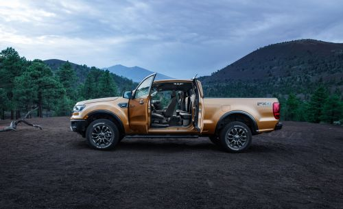 small resolution of ford ranger reviews ford ranger price photos and specs car and driver