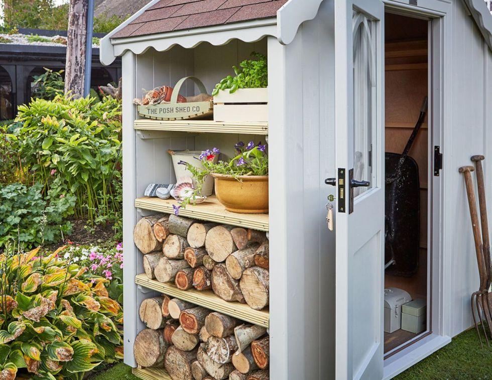 mobile per il giardino per sistemare gli attrezzi del giardinaggio, per stoccare la legna o per sistemare le piante aromatiche in bella vista.