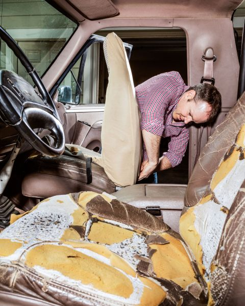how to get stains out of leather car seats