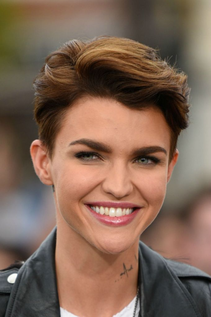 30 short hairstyles for thick hair 2017 - women's haircuts for short