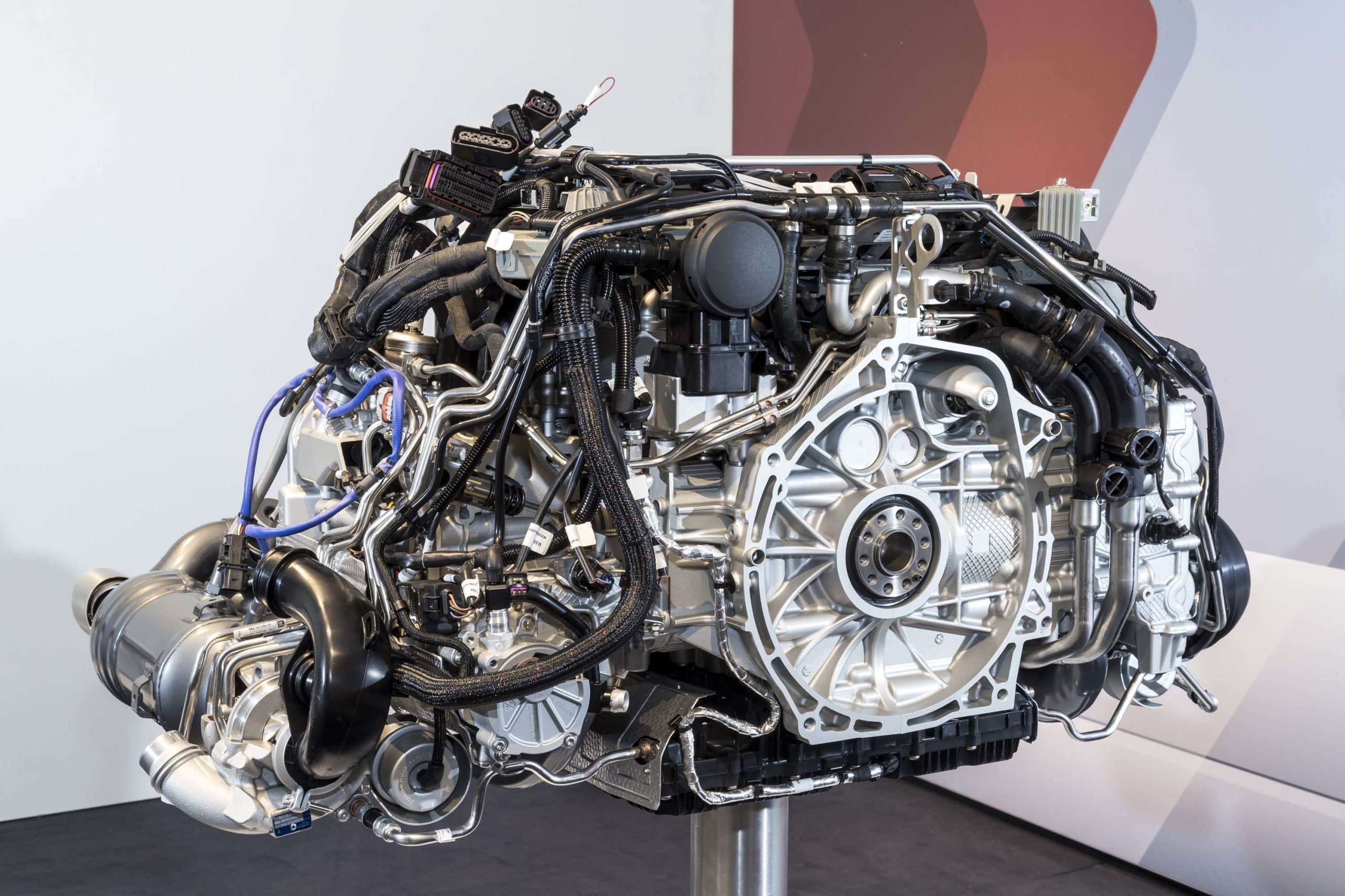 10 things you need to know about the turbocharged 2017 porsche 911 porsche 911 engine drawing [ 2560 x 1706 Pixel ]