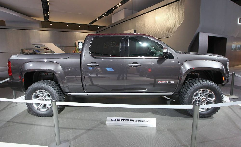 medium resolution of 2011 gmc sierra all terrain hd concept at 2011 detroit auto show new truck concept