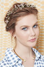 find perfect prom hairstyle