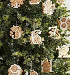 34 unique christmas tree decorations 2018 ideas for decorating your christmas tree [ 1000 x 1500 Pixel ]