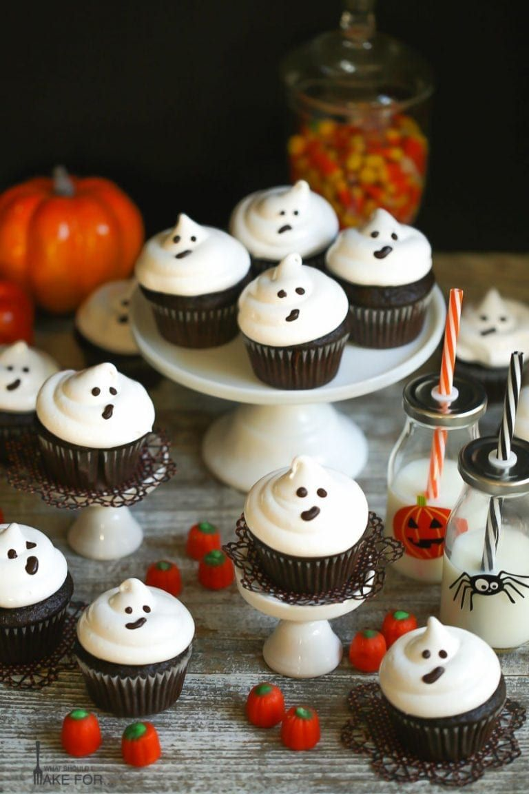 From bewitched chili and bread broomsticks to steaming cauldrons of witch's brew, throw a witchy halloween party with these fun treats. 31 Halloween Party Ideas 2021 Adult Halloween Party Ideas