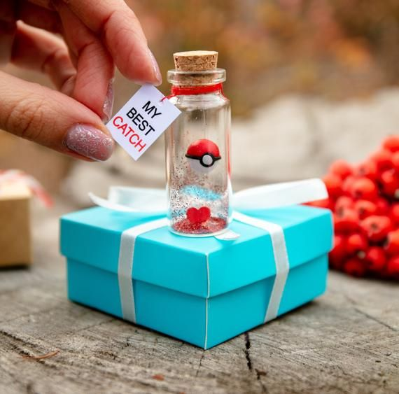 51 Great Valentine's Day Gifts for Her - Cute Valentine's Gifts