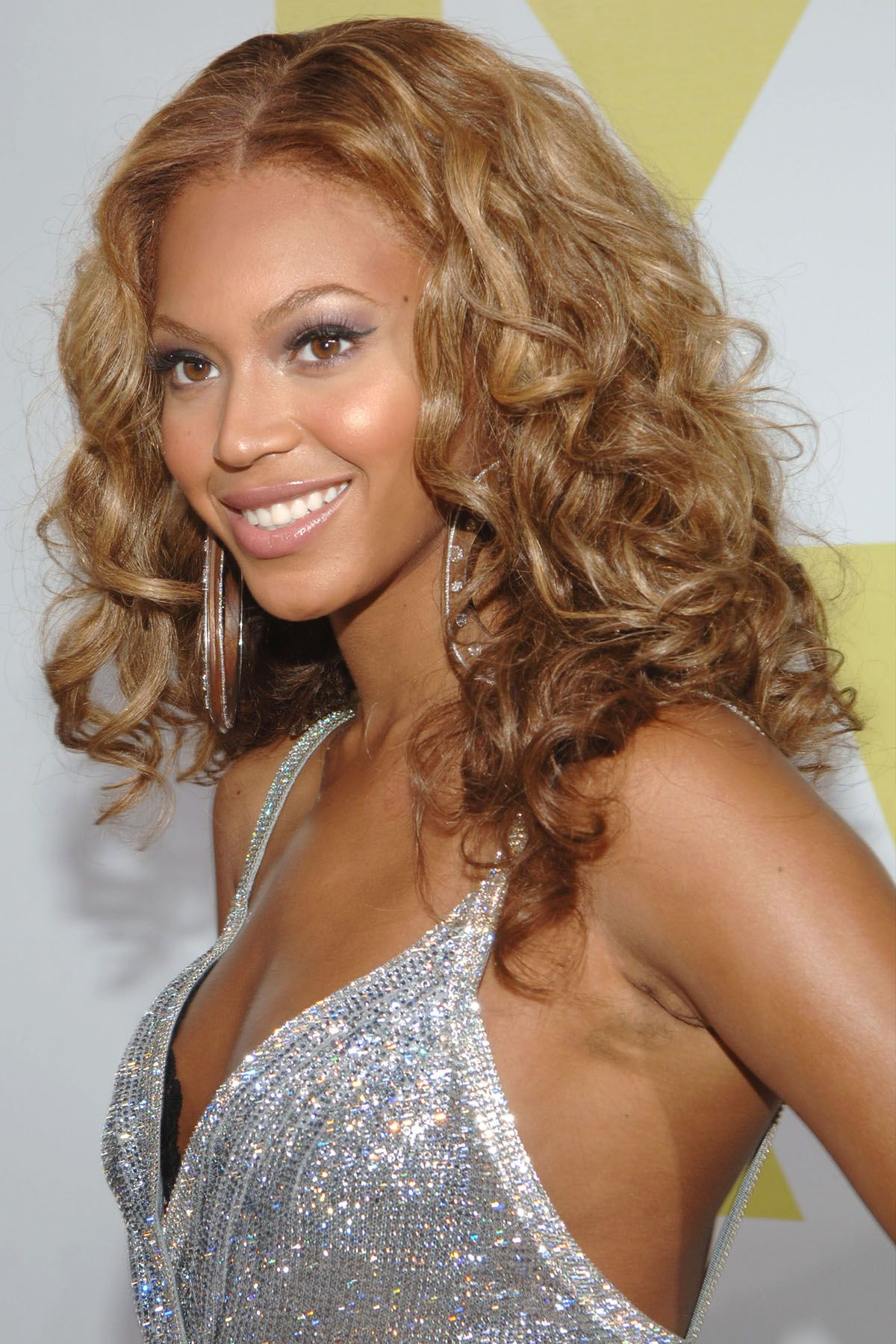 easy curly hairstyles women